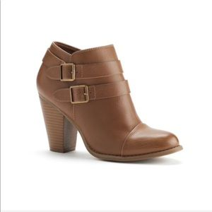 LC Lauren Conrad   Dark Tan Two Buckle Ankle Boots